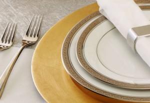 """Новогодняя сервировка стола - """"Золото и серебро"""""""