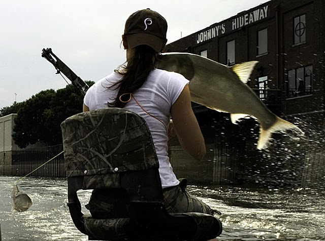 Экстремальная рыбалка на карпа с луком