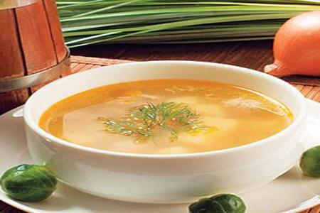 Густой куриный суп: сытный и легкий.