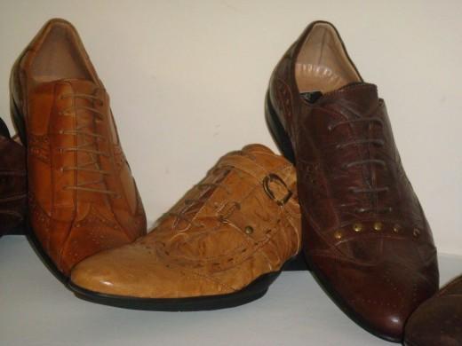 Мужские туфли и кеды:шнуровка