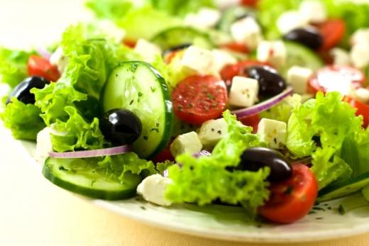 Для здоровья: ешьте салаты с жирным соусом