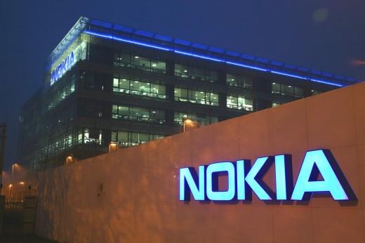 Nokia бросила вызов Samsung и Apple