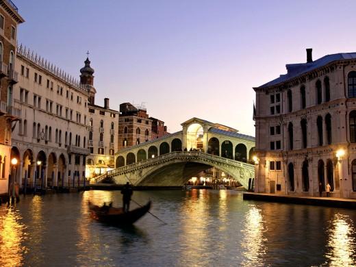Бархатный сезон в Италии: Праздник пиццы и пармской ветчины