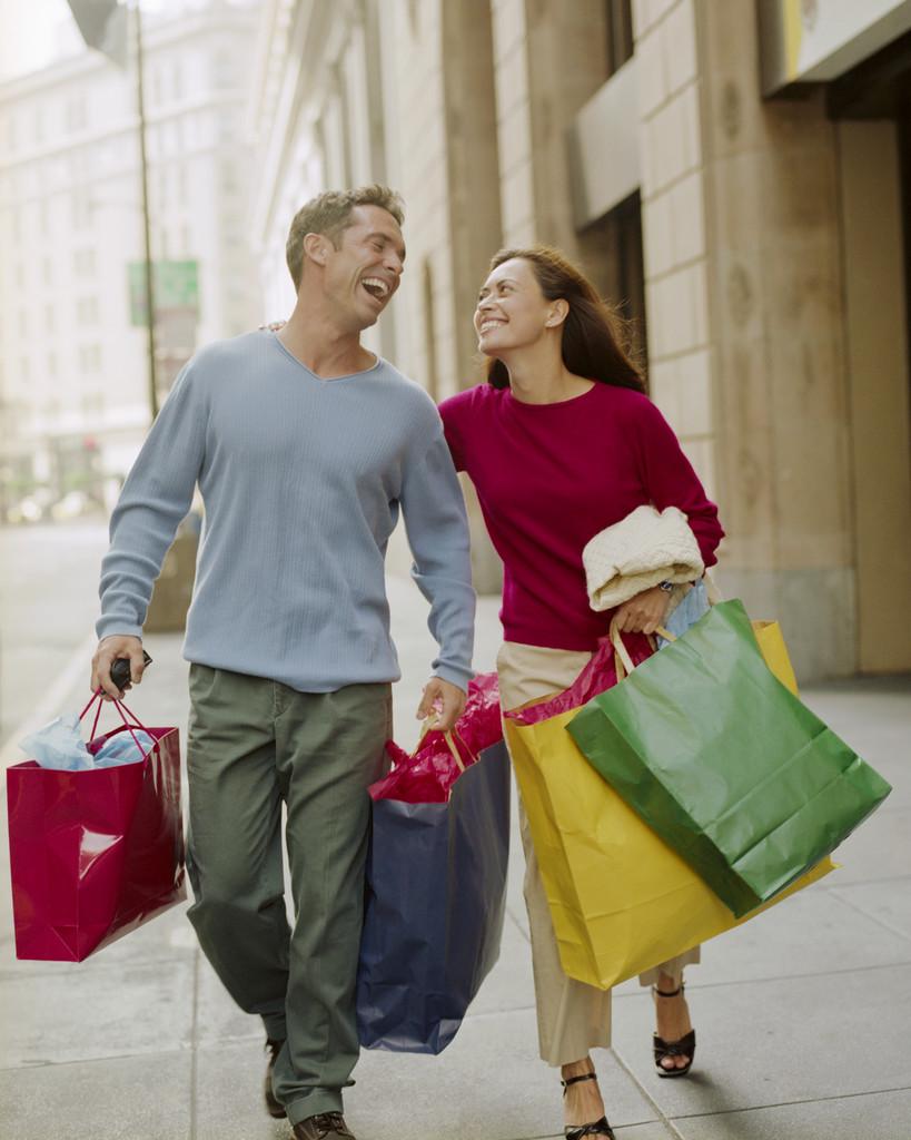 Вот почему мужики не любят ходить по магазинам