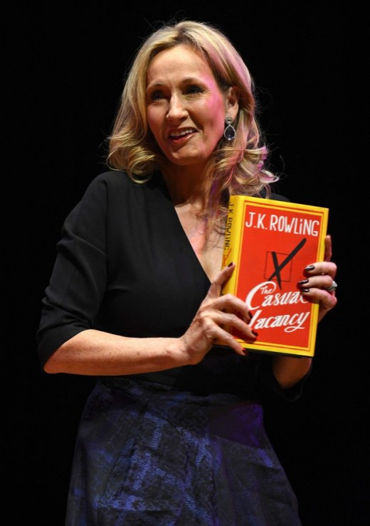 """Гарри Поттер """"вырос"""" и его автор написала книгу для взрослых"""