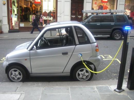 Почти 50% автовладельцев готовы пересесть на электромобили, если они подешевеют