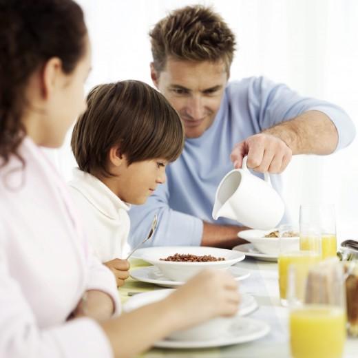 Диетологи советуют мужчинам и женщинам питаться отдельно