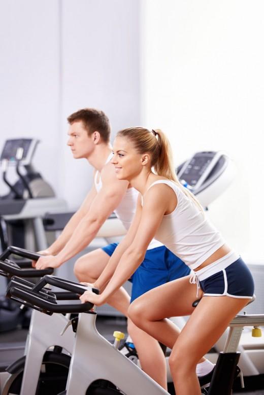 Особенности выбора одежды для занятий фитнесом