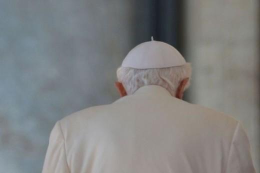 Сегодня мир останется без Папы Римского