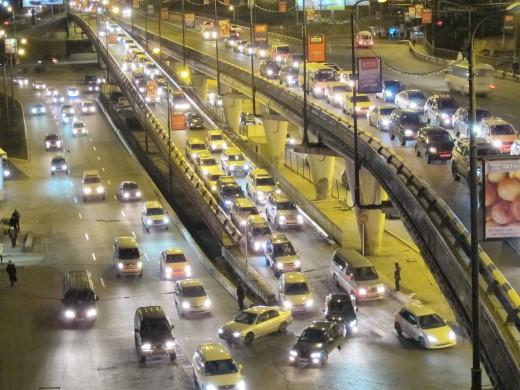 Рейтинг городов с самыми длинными пробками возглавила Москва