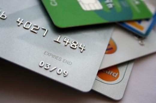 За какими пластиковыми карточками будущее?