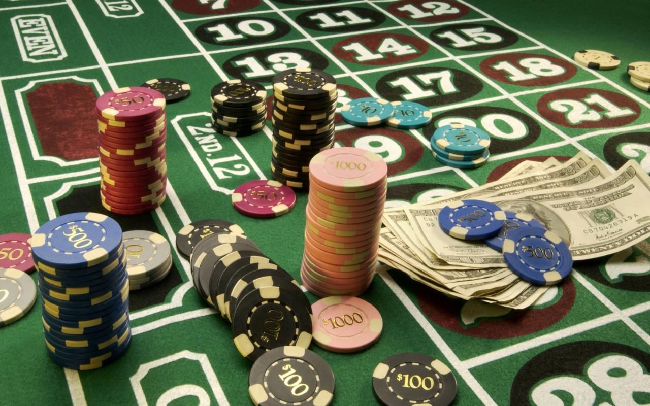 Играть на деньги в casino играть в карты в дурака на переводного