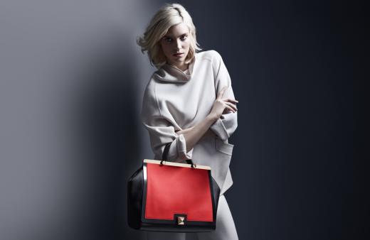 Старт распродажи итальянских брендовых сумочек на Modoza.com