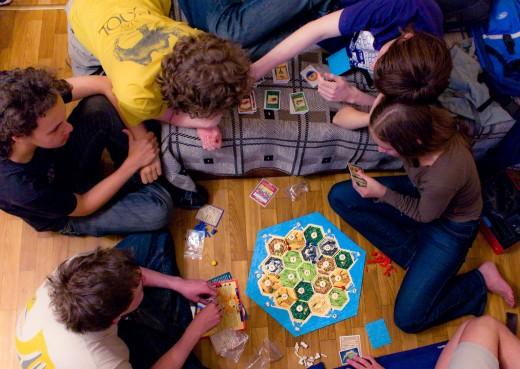 Настольные игры – в чем их особенность, и какие они бывают?