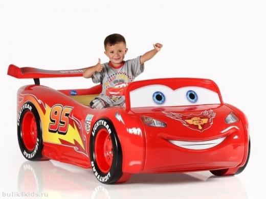Детские кровати в форме машин