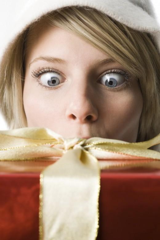 Новогодние подарки женщинам
