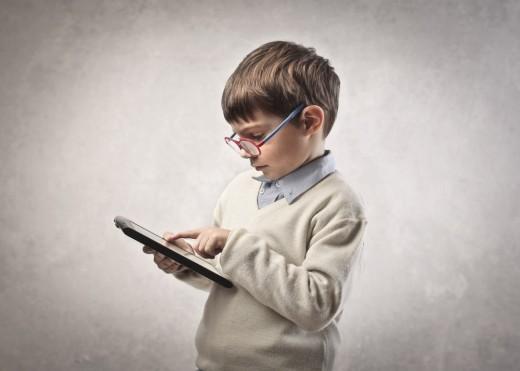 Синдром компьютерного зрения у детей:как уберечь глаза ребенка