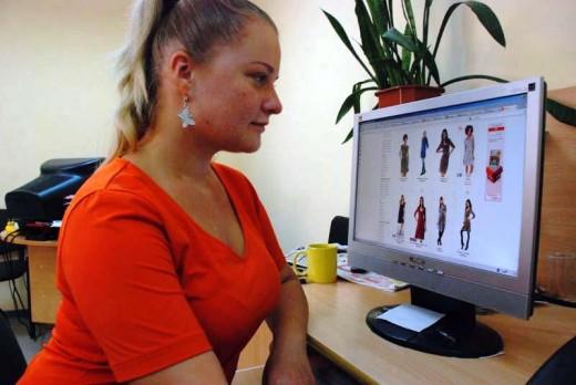 Как выгодно покупать одежду в Интернете?