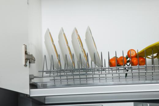 Выбор современных сушек для посуды