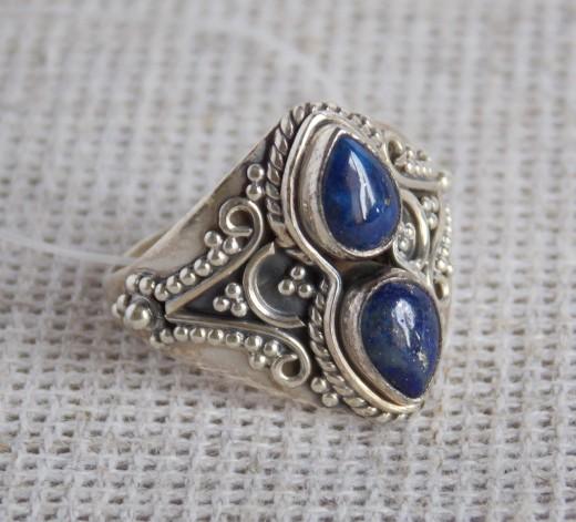Лазурит в серебряных украшениях: лечебные свойства и описание