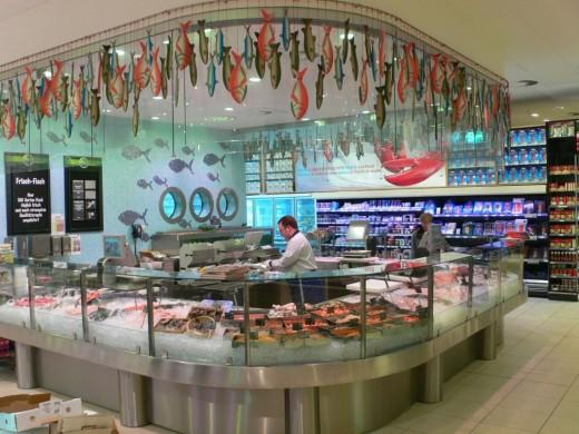 Как самому обустроить рыбный магазин?