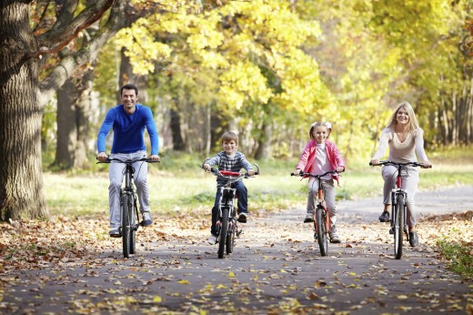 Детский велосипед: полезные прогулки на свежем воздухе