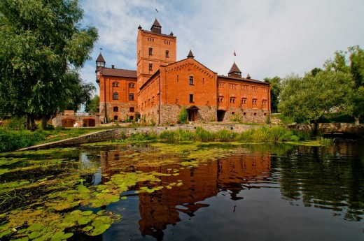 Замок-музей Радомысль – жемчужина Полесского края