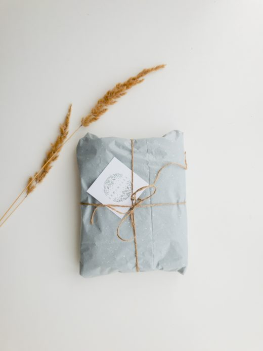 Спрос на подарки перед 23 февраля и 8 марта растет на 14% - Биглион