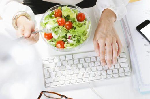 Заказать вкусную и легкую еду на обед в офис