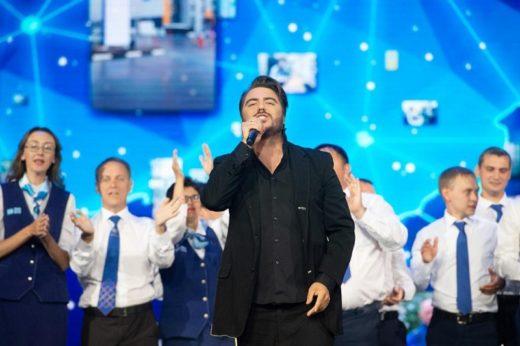 Сингл «Малиновая ночь» Олега Шаумарова завоевывает популярность
