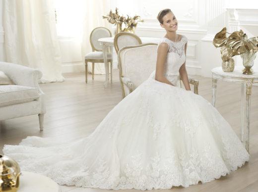 Платья на свадьбу: виды и особенности выбора