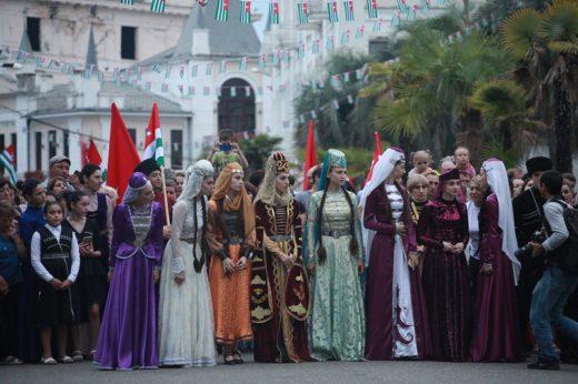Учредительный съезд общественных организаций абазинского этноса решил создать в России федеральную национально-культурную автономию абазин