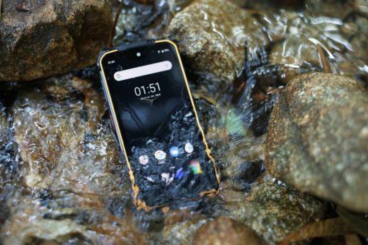 DOOGEE S68 Pro – первый в мире «неубиваемый» смартфон с функцией беспроводной обратной зарядки