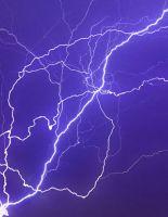 В Будж Халифа попала молния