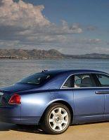 Rolls-Royce Ghost поступает в продажу