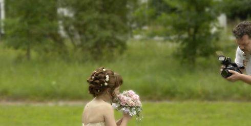 Как решить вопрос с фотографом на свадьбе?