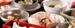 Еда из ведущих ресторанов Новокузнецка  – на заказ в два клика – благодаря Delivery Club