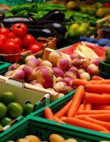 Ранние овощи и фрукты