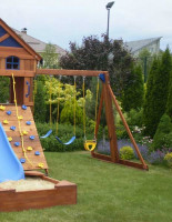 Выбираем игровые комплексы на дачу для детей