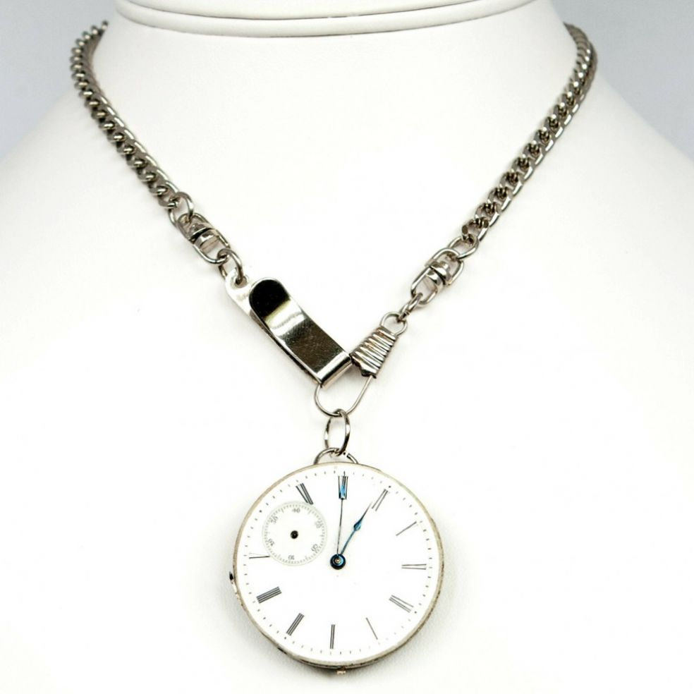 Часы-кулон в стиле стимпанк