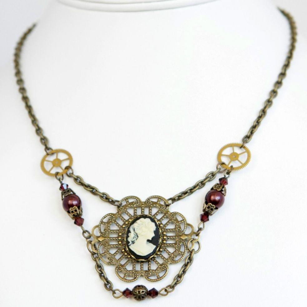 Ожерелье в стиле стимпанк