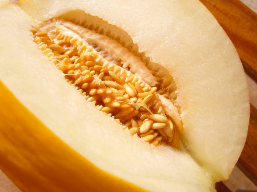 Ароматная дыня - самый сладкий плод лета