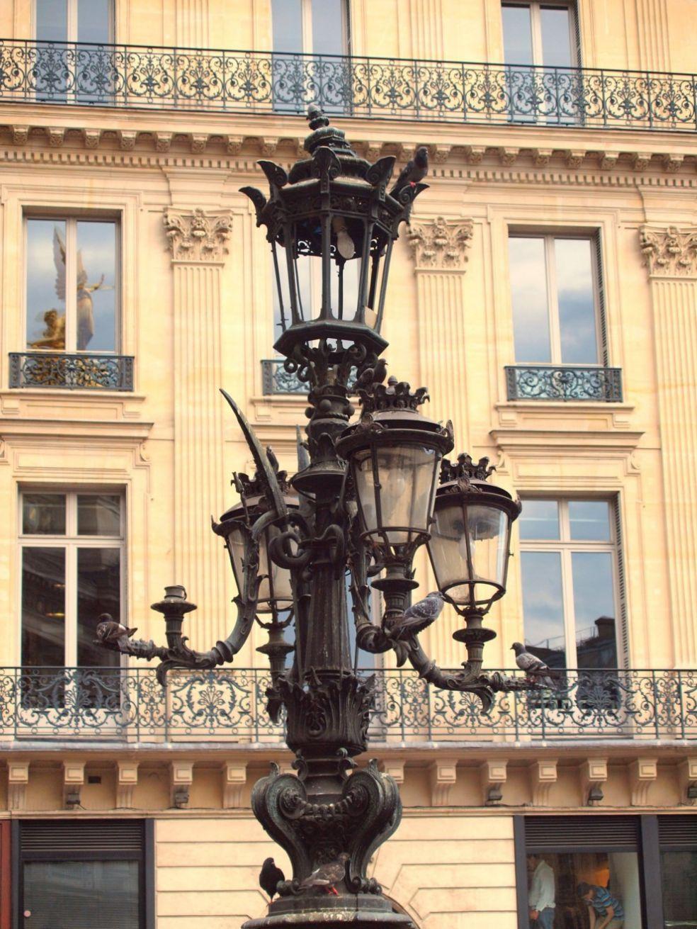 Голубиные фонари во Франции