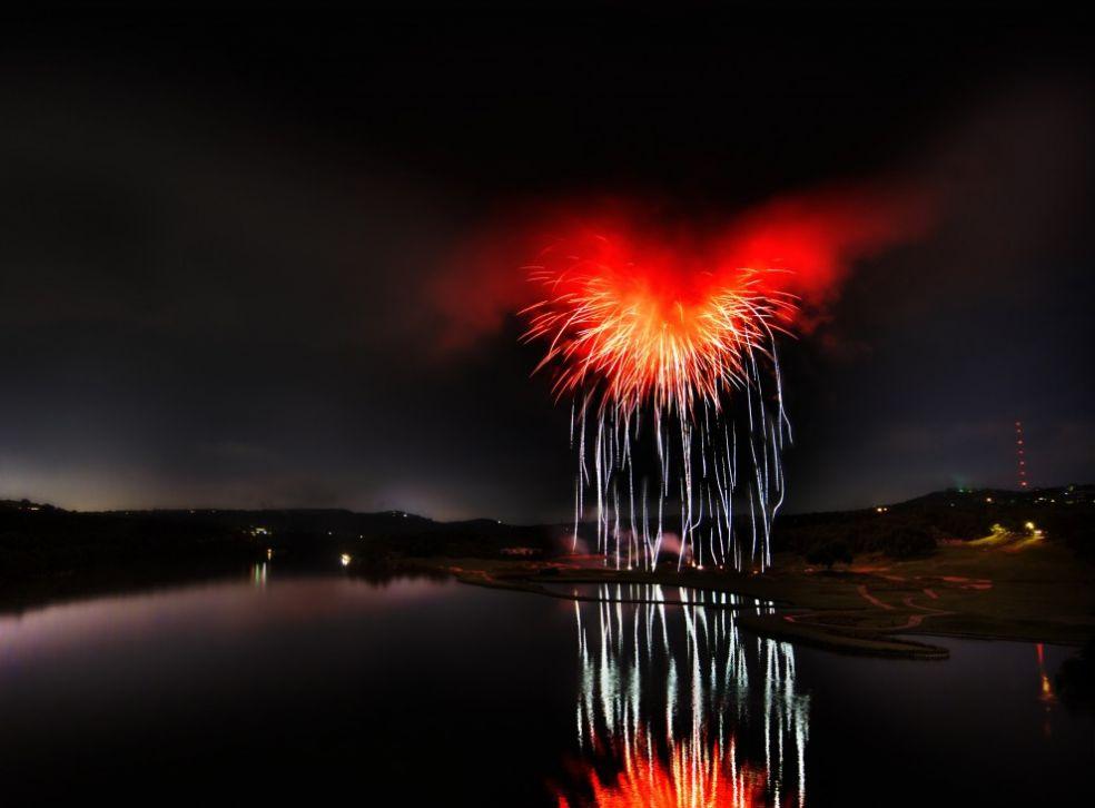 Сердце Сатаны - фейерверк в Далласе, штат Техас