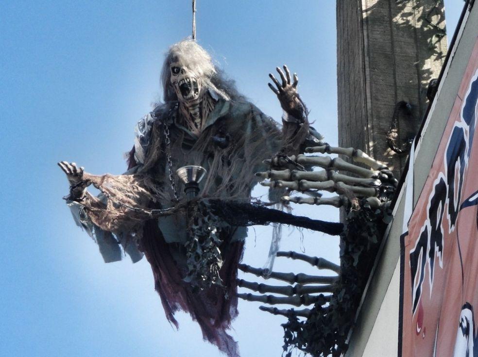 Хэллоуин ужасный праздник