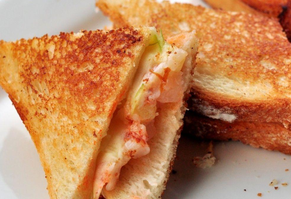 Сэндвич с омаром