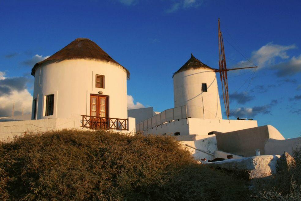 Мельницы близ Ойя, Санторини