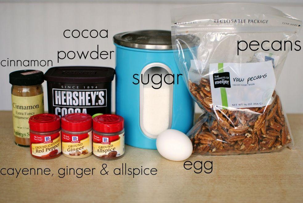 Какао порошок, пекан, корица, кайенский перец, имбирь,  душистый перец, яйцо
