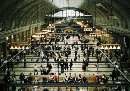 Железнодорожные станции — место расставаний и встреч