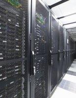 Почему серверы лучше хранить в дата центре?